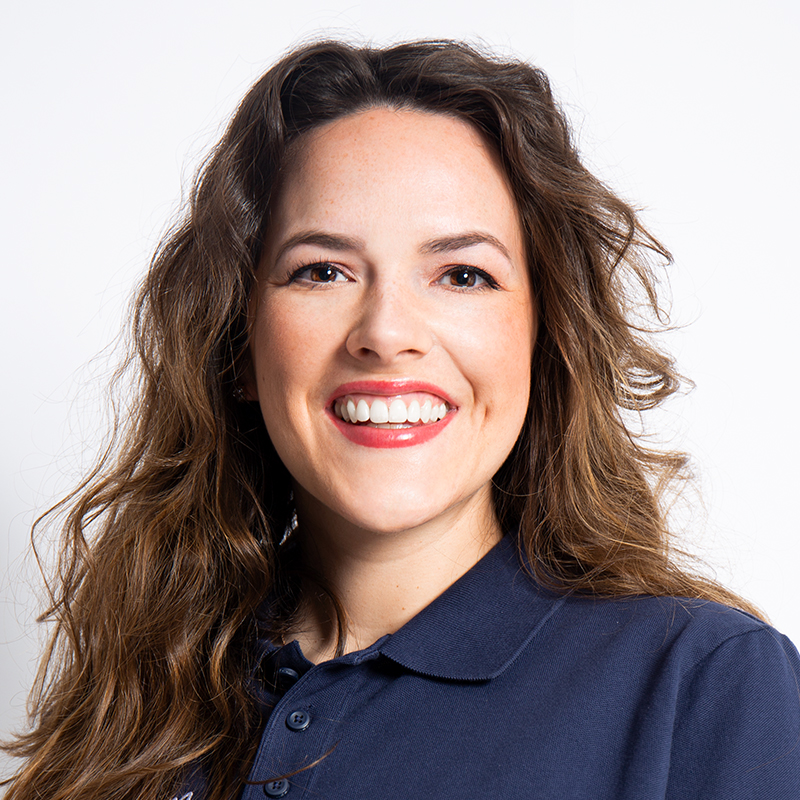 Zahnärztin Victoria Engel